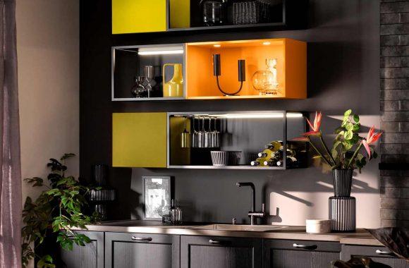 Schwarze Häcker Küche im Landhausdesign