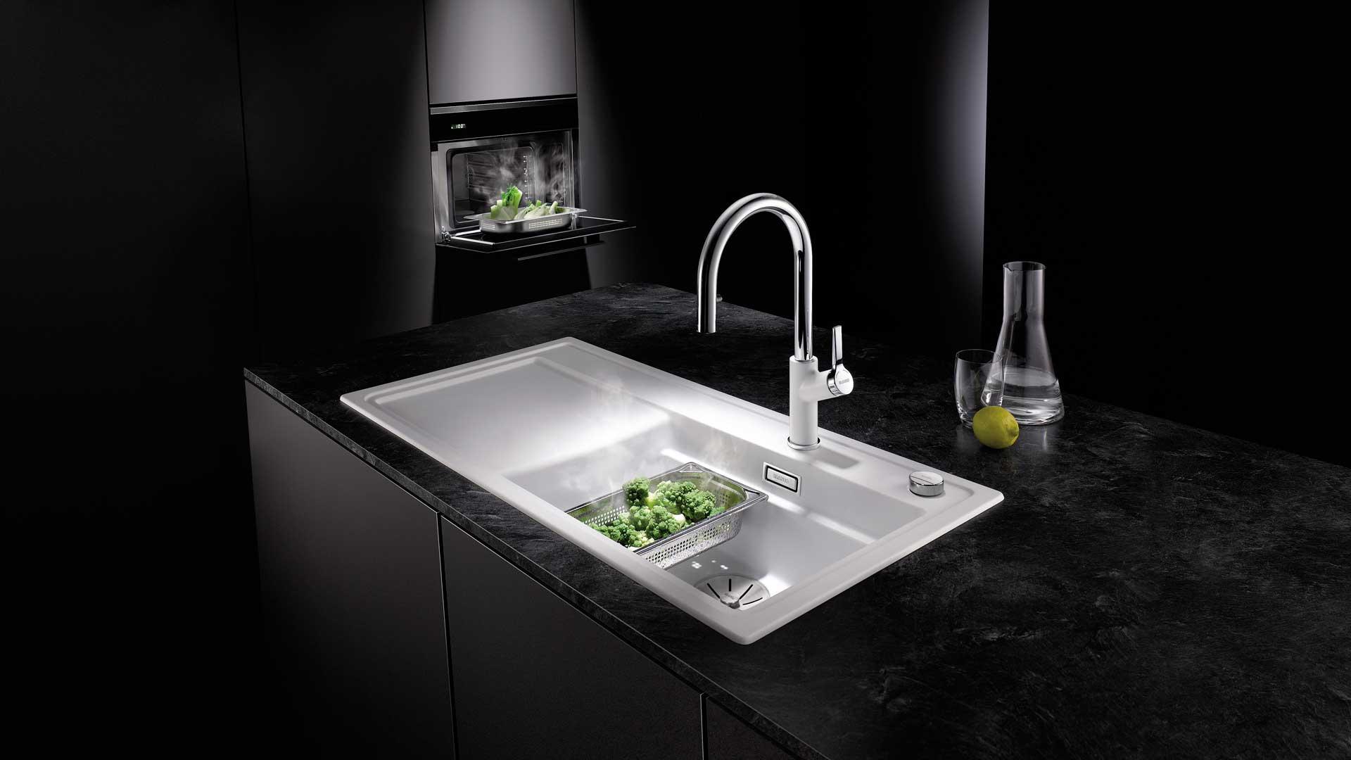 Spüle mit Dampfgarerzubehör von Blanco in der Küchenwelt preissegger