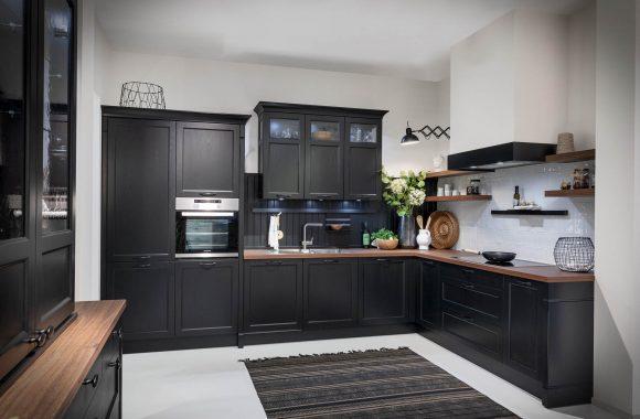 Bristol schwarze Landhausküche von Häcker