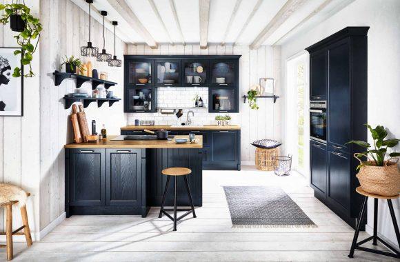 Samtblaue Bristol Häcker Küche